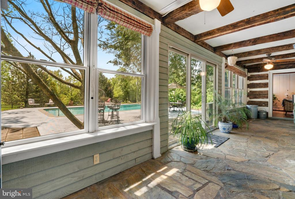 Enclosed Patio Off of Kitchen - 13452 HARPERS FERRY RD, HILLSBORO