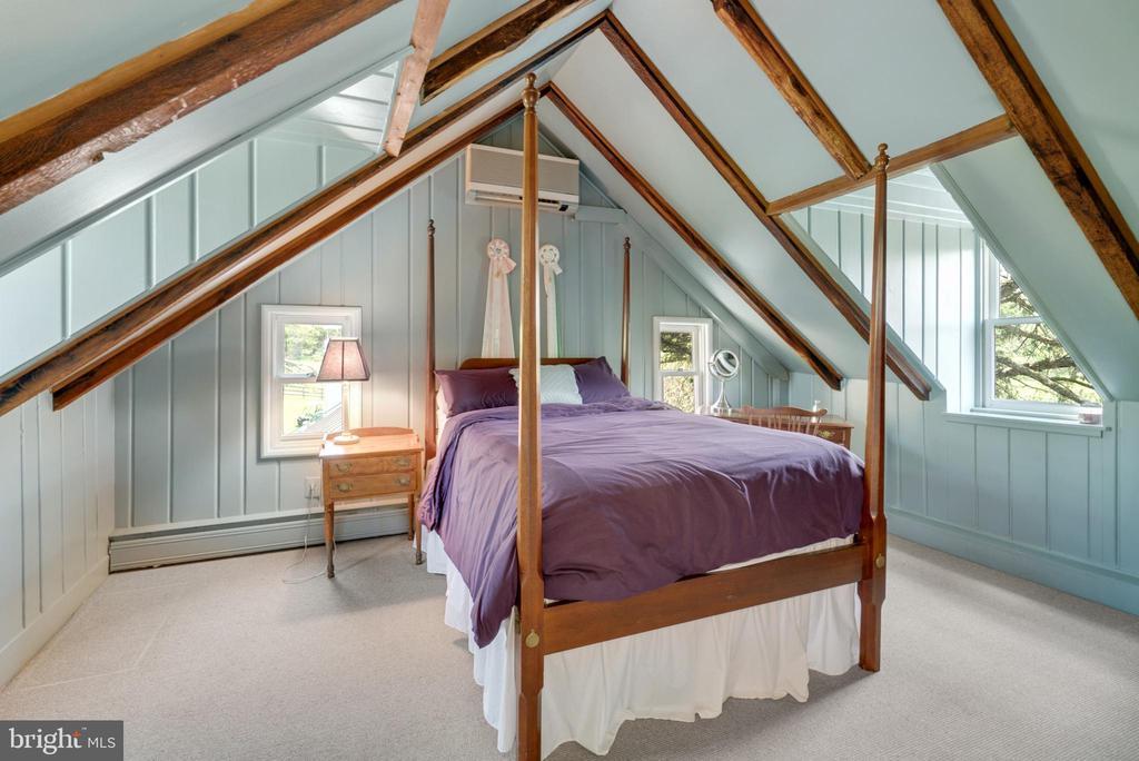 Upper Level 2 - Bedroom #5 - 13452 HARPERS FERRY RD, HILLSBORO
