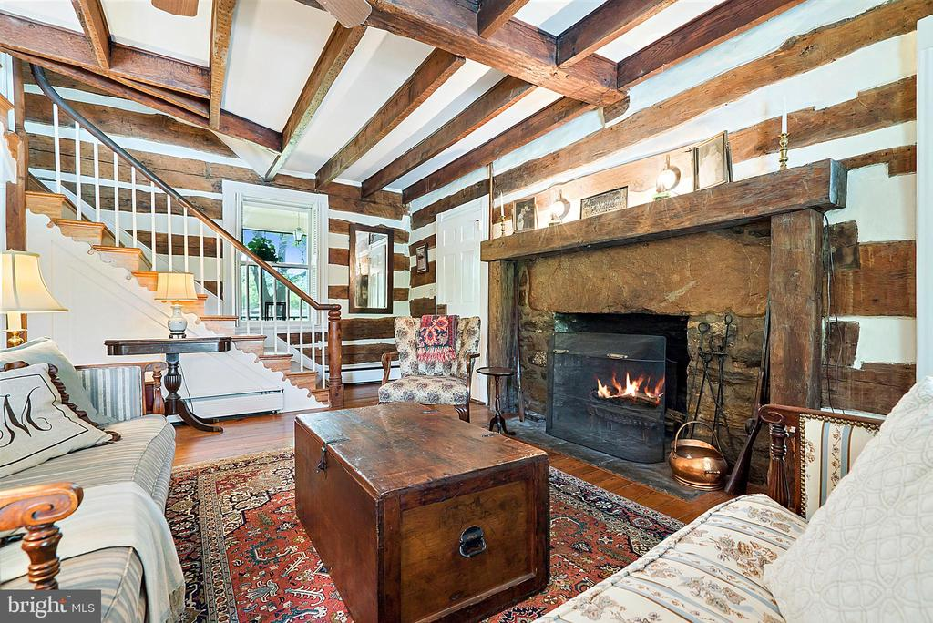 Log & Beam Living Room  with Large Stone Fireplace - 13452 HARPERS FERRY RD, HILLSBORO