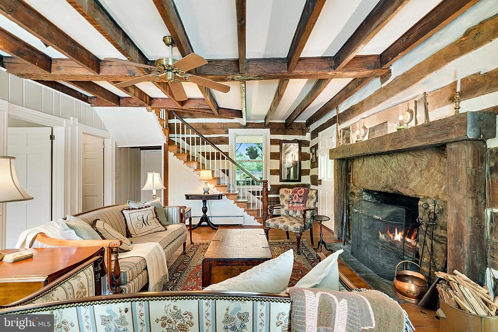 1752 Log Home Living Room with Large Fireplace - 13452 HARPERS FERRY RD, HILLSBORO