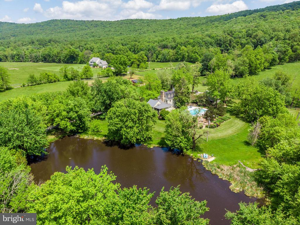Aerial View of Pond - 13452 HARPERS FERRY RD, HILLSBORO