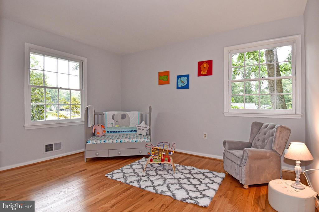 Second bedroom - 5024 PORTSMOUTH RD, FAIRFAX