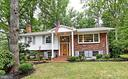 Beautiful 4 BD, 3 BA colonial in Country Club View - 5024 PORTSMOUTH RD, FAIRFAX