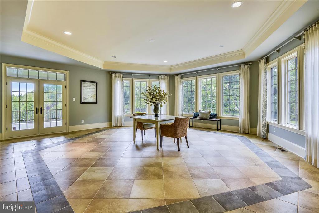 Fabulous detailed flooring - 12056 OPEN RUN RD, ELLICOTT CITY