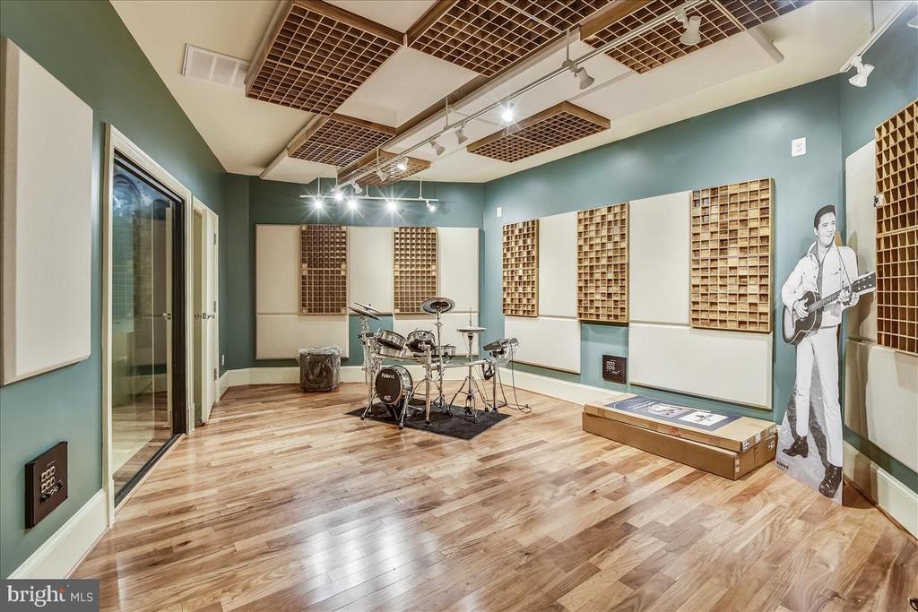Music room in Lower Level - 12056 OPEN RUN RD, ELLICOTT CITY