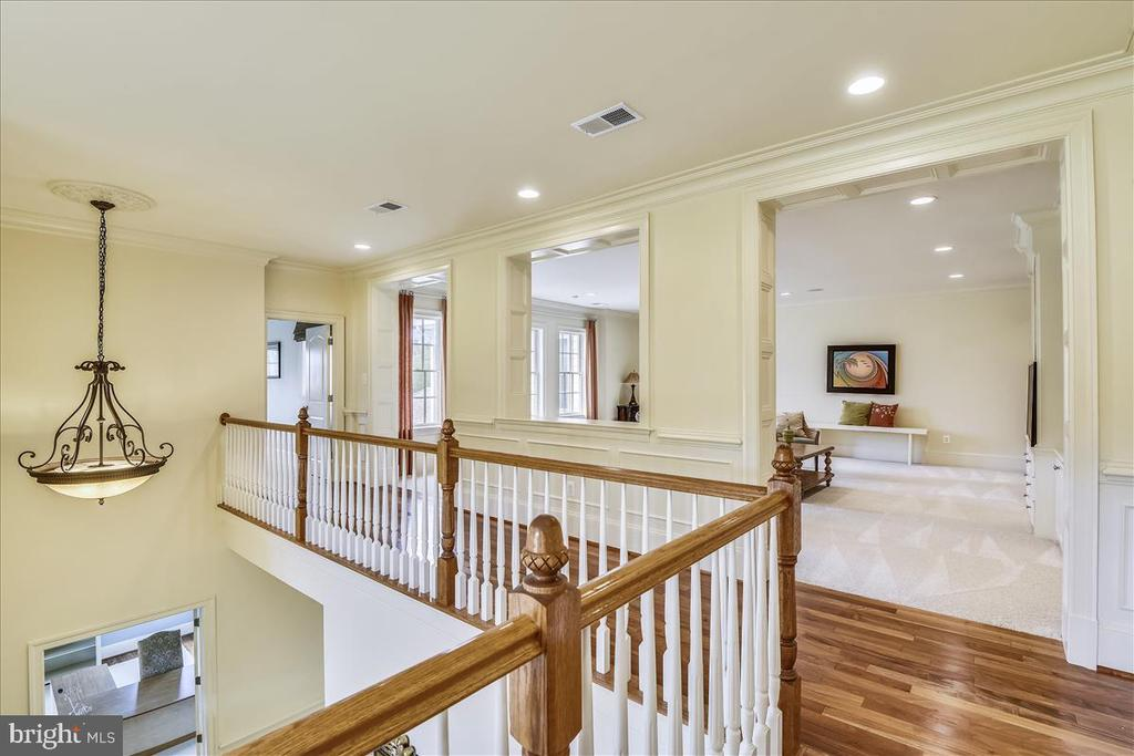 Upstairs walkway to private Family Room - 12056 OPEN RUN RD, ELLICOTT CITY