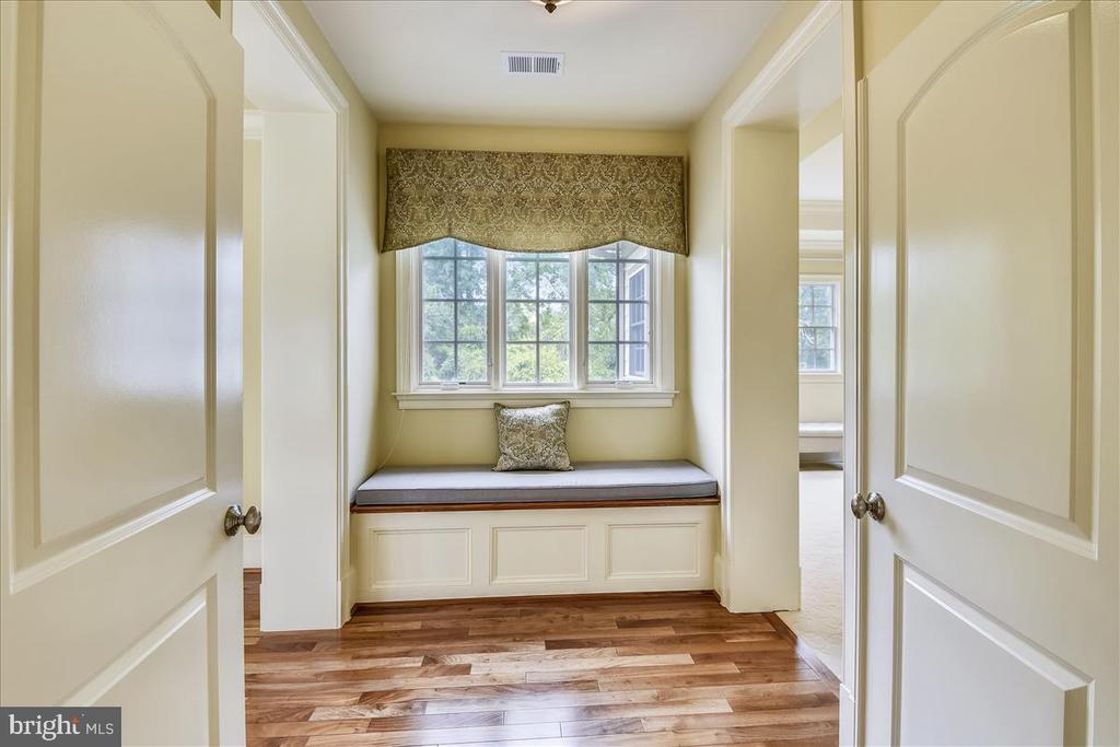 View of entrance to the Master Bedroom - 12056 OPEN RUN RD, ELLICOTT CITY