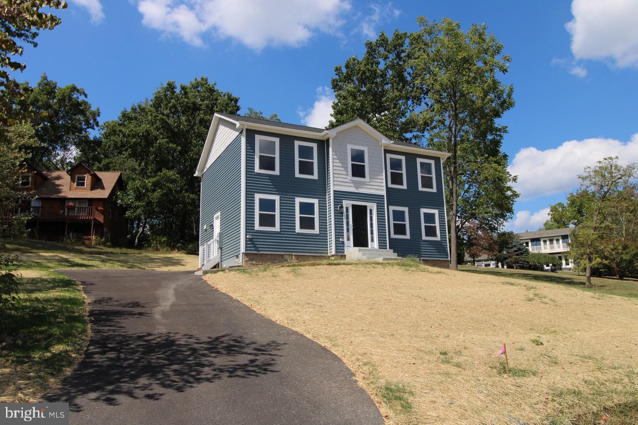 Single Family Homes для того Продажа на Cross Junction, Виргиния 22625 Соединенные Штаты