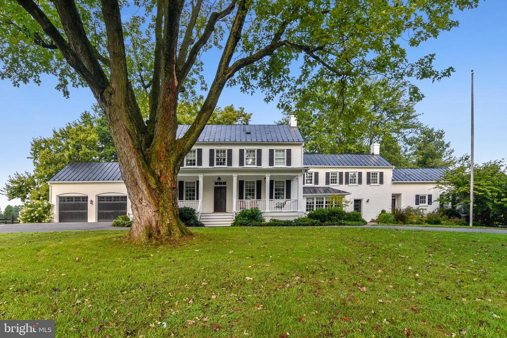 19937 Evergreen Mills Road......Welcome home! - 19937 EVERGREEN MILLS RD, LEESBURG