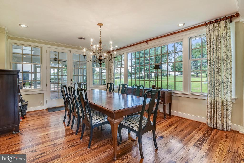 Dining Room with an abundance of natural light - 19937 EVERGREEN MILLS RD, LEESBURG