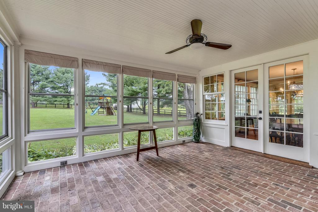 Sunroom off of Family Room - 19937 EVERGREEN MILLS RD, LEESBURG