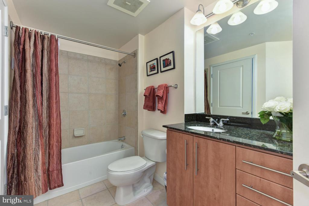 2nd Bath opens to Second BR and Entry Hall. - 1021 N GARFIELD ST #410, ARLINGTON