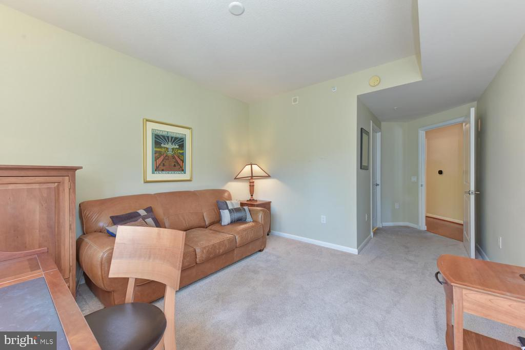 Second Bedroon - 1021 N GARFIELD ST #410, ARLINGTON