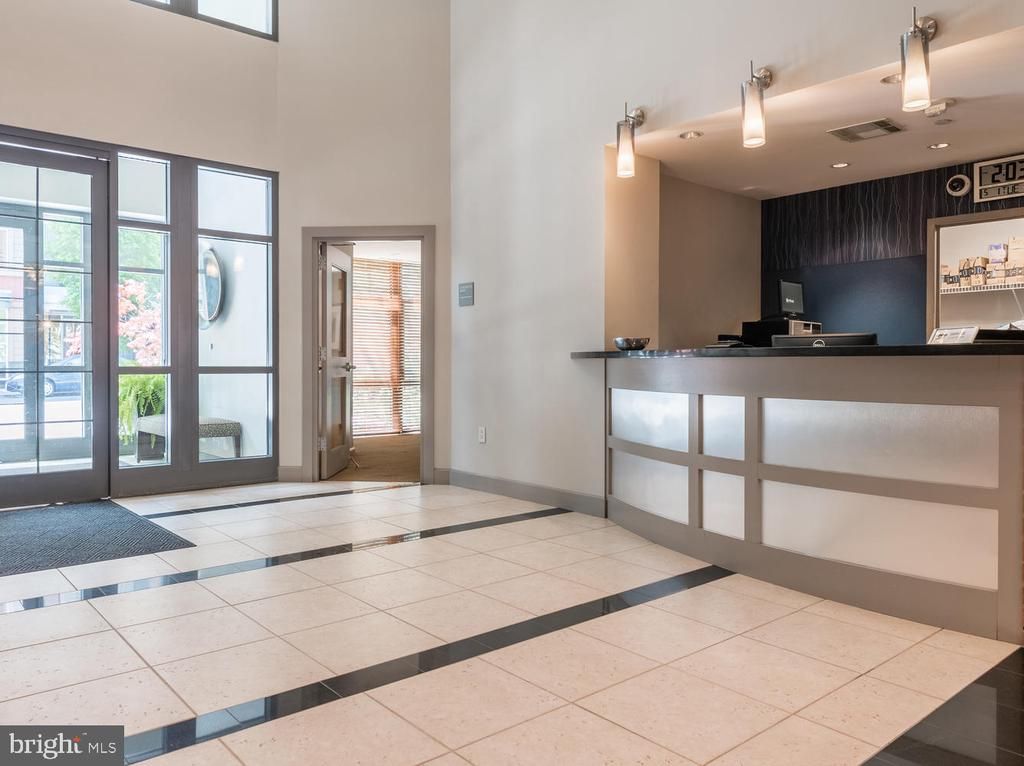 24-hour Concierge Desk in the Lobby - 1021 N GARFIELD ST #410, ARLINGTON