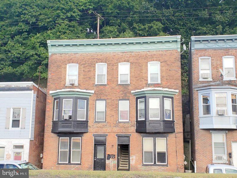 多户 为 销售 在 Phillipsburg, 新泽西州 08865 美国