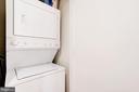 Stacked GE laundry in foyer. - 2201 2ND ST NW #21, WASHINGTON