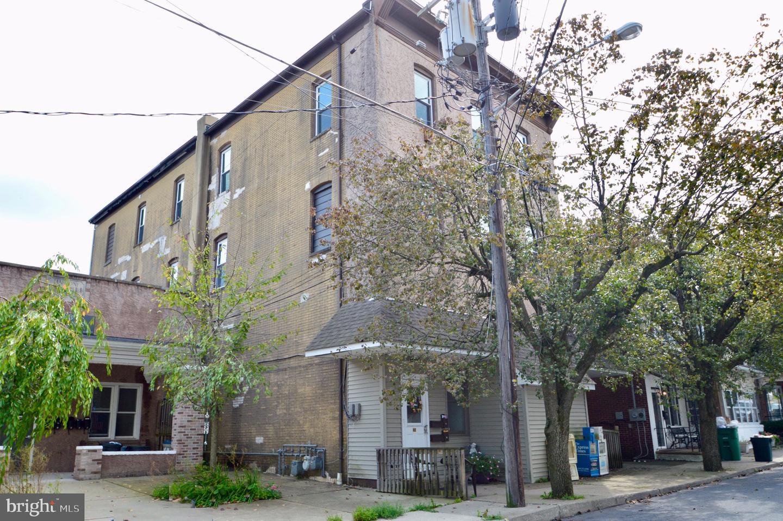 Quadraplex for Sale at Bangor, Pennsylvania 18013 United States
