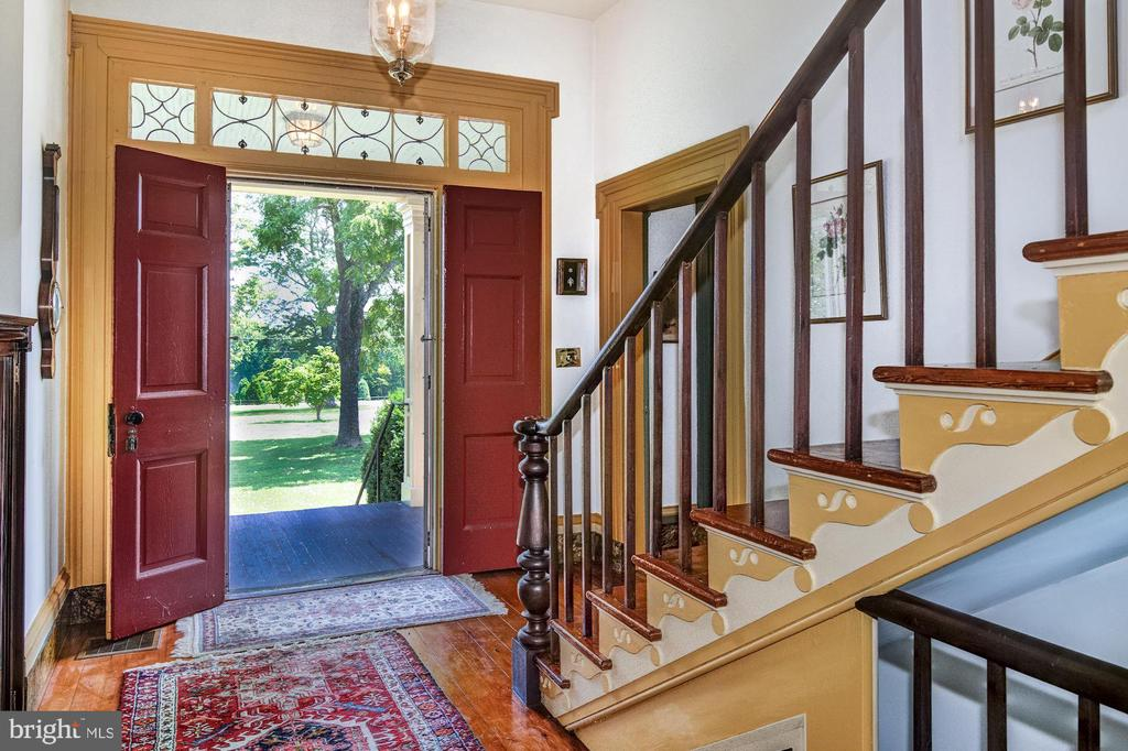 Original leaded glass windows at front foyer - 7508 BELMONT RD, SPOTSYLVANIA