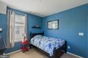 Another nice sized bedroom - 23337 MORNING WALK DR, BRAMBLETON