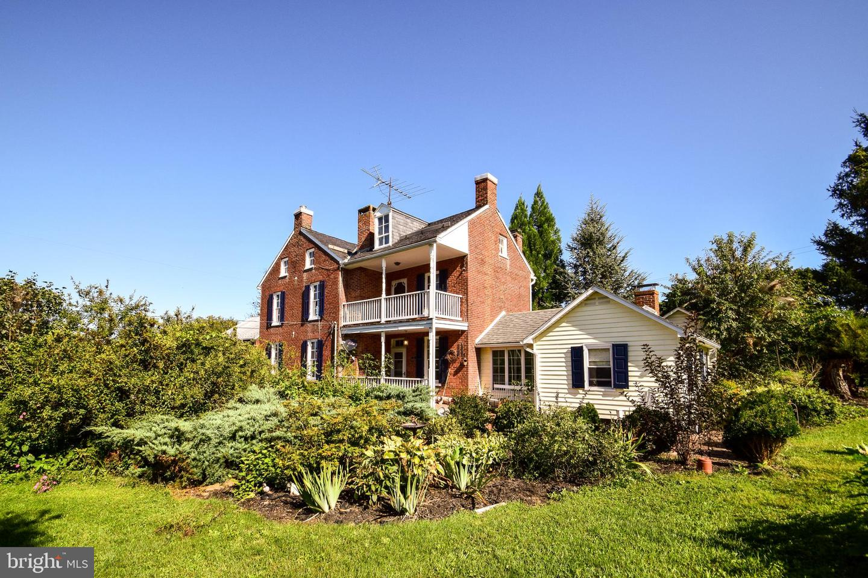 Single Family Homes للـ Sale في Glen Rock, Pennsylvania 17327 United States