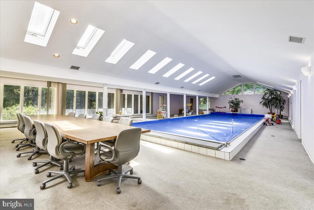 Pool Room - 9711 MEADOWLARK RD, VIENNA