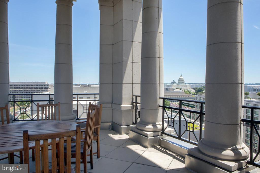 Residential Roof Deck Pavilion US Capitol View - 601 PENNSYLVANIA AVE NW #1003N, WASHINGTON