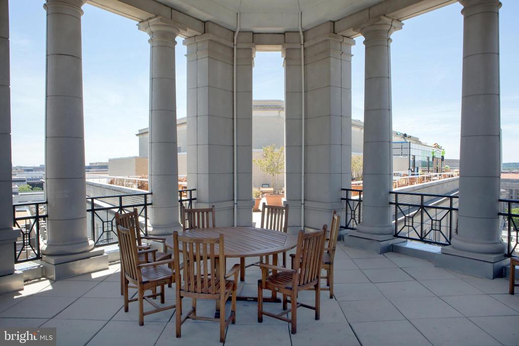 Residential Roof Deck Pavilion Southwest - 601 PENNSYLVANIA AVE NW #1003N, WASHINGTON