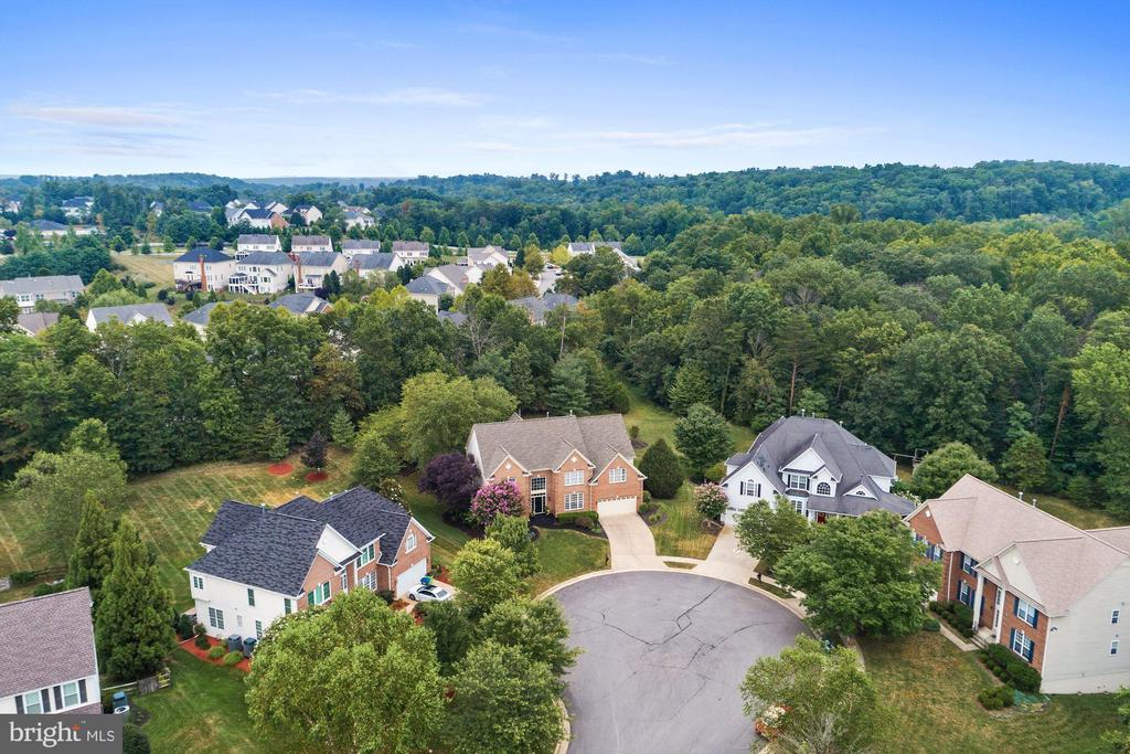 Privacy Abounds - 43130 KIMBERLEY CT, LEESBURG