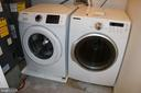 Laundry - 49 MEADOWOOD DR, STAFFORD