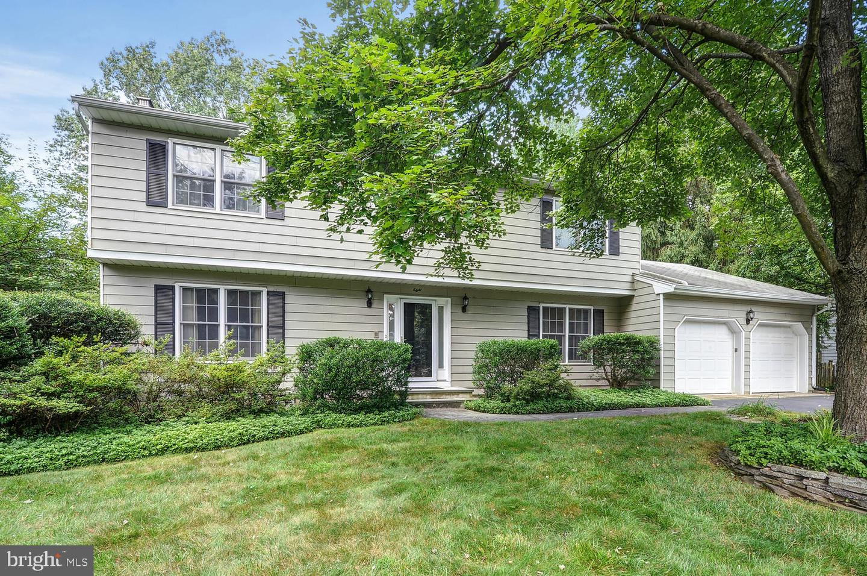 Single Family Homes のために 売買 アット Princeton Junction, ニュージャージー 08550 アメリカ