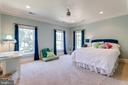Plenty of Natural Light - 2479 OAKTON HILLS DR, OAKTON