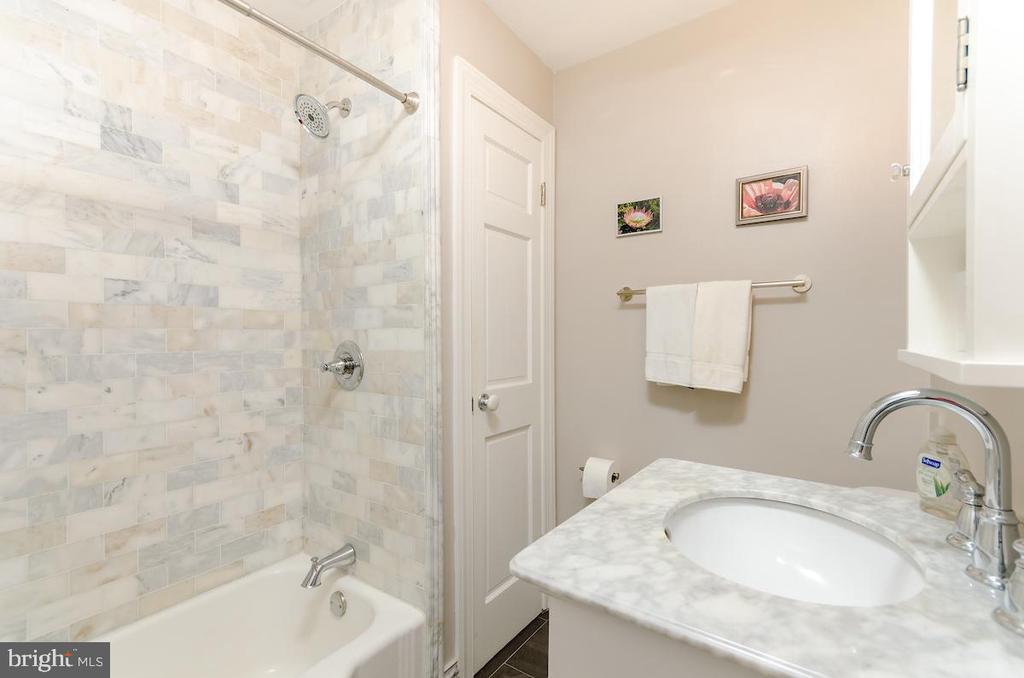 - 1728 NEW HAMPSHIRE AVE NW #301, WASHINGTON