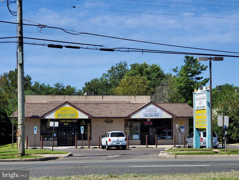 Vente au détail pour l Vente à Blackwood, New Jersey 08012 États-Unis