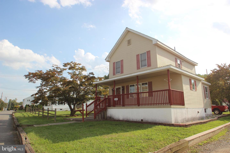 Single Family Homes للـ Sale في Upper Chichester, Pennsylvania 19061 United States