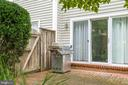 Brick patio off of the kitchen great for grilling - 20456 TAPPAHANNOCK PL, STERLING