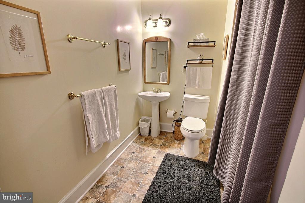 Second floor bathroom alt - 11 BROOKES AVE, GAITHERSBURG