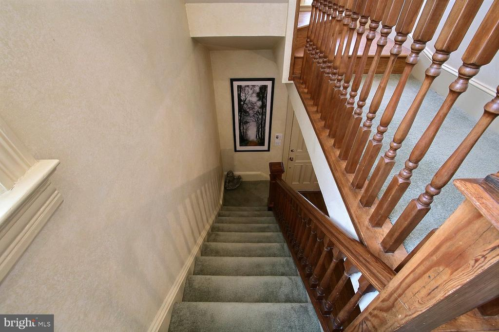 First floor stairs - 11 BROOKES AVE, GAITHERSBURG