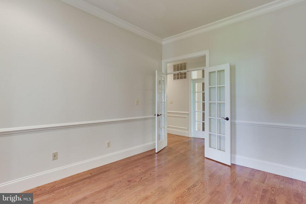 Office has French Doors - 1843 HUNTER MILL RD, VIENNA