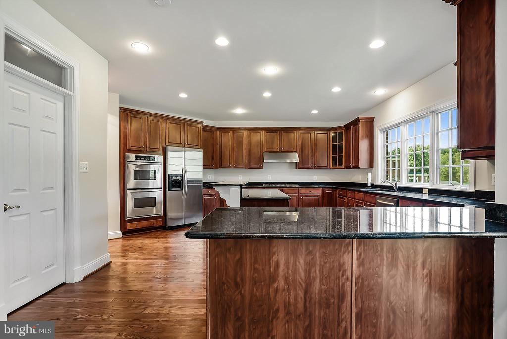 - 16616 NORBECK FARM DR, OLNEY