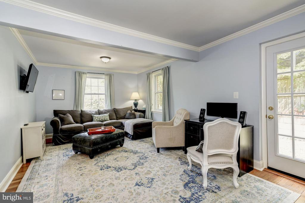 Family Room or Main Level Bedroom - 716 UPLAND PL, ALEXANDRIA