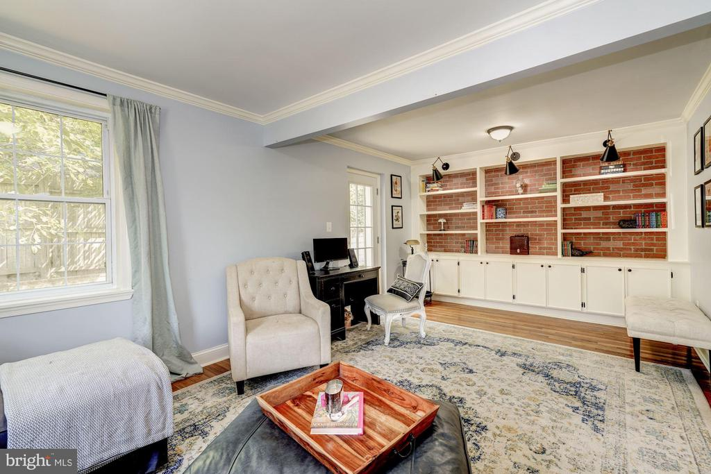 Family/ML bedroom w/built-ns - 716 UPLAND PL, ALEXANDRIA