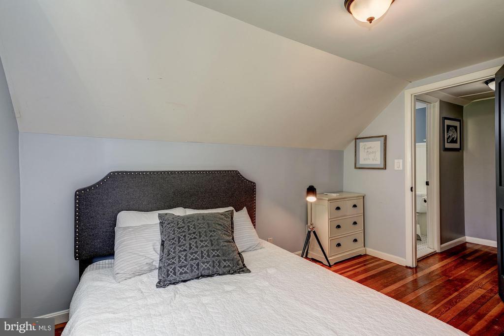 Guest Bedroom - 716 UPLAND PL, ALEXANDRIA