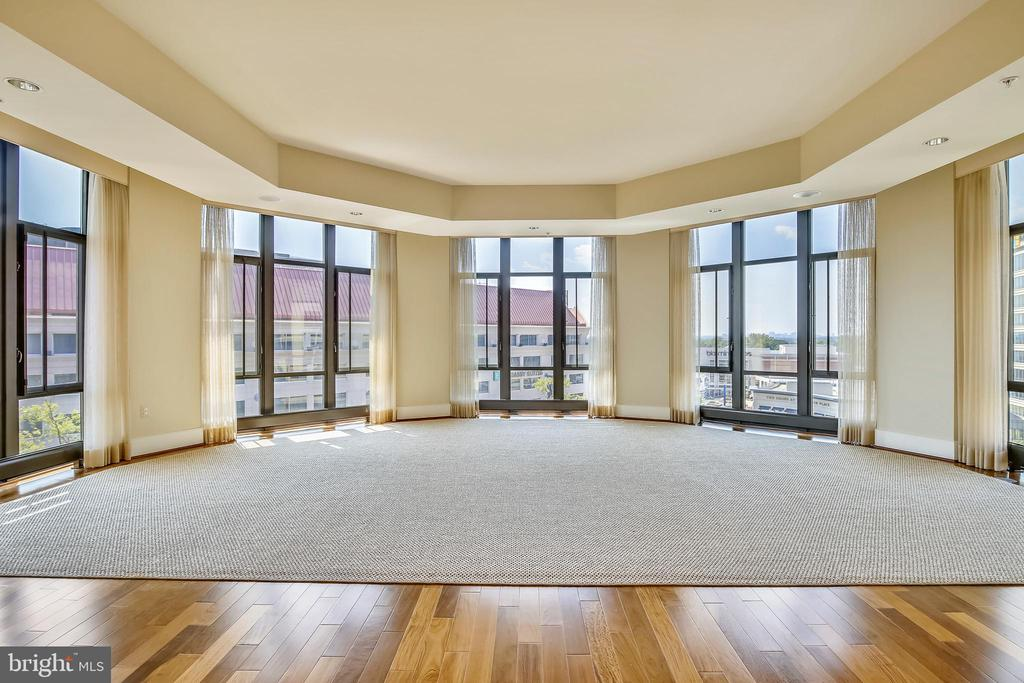 Great room - 4301 MILITARY RD NW #PH2, WASHINGTON