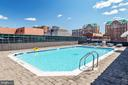 Rooftop pool with a view - 1001 N VERMONT ST #809, ARLINGTON