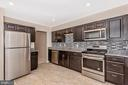 Gorgeous, to die for Gourmet Kitchen w/NEW Cabs!! - 18413 HALLMARK CT, GAITHERSBURG