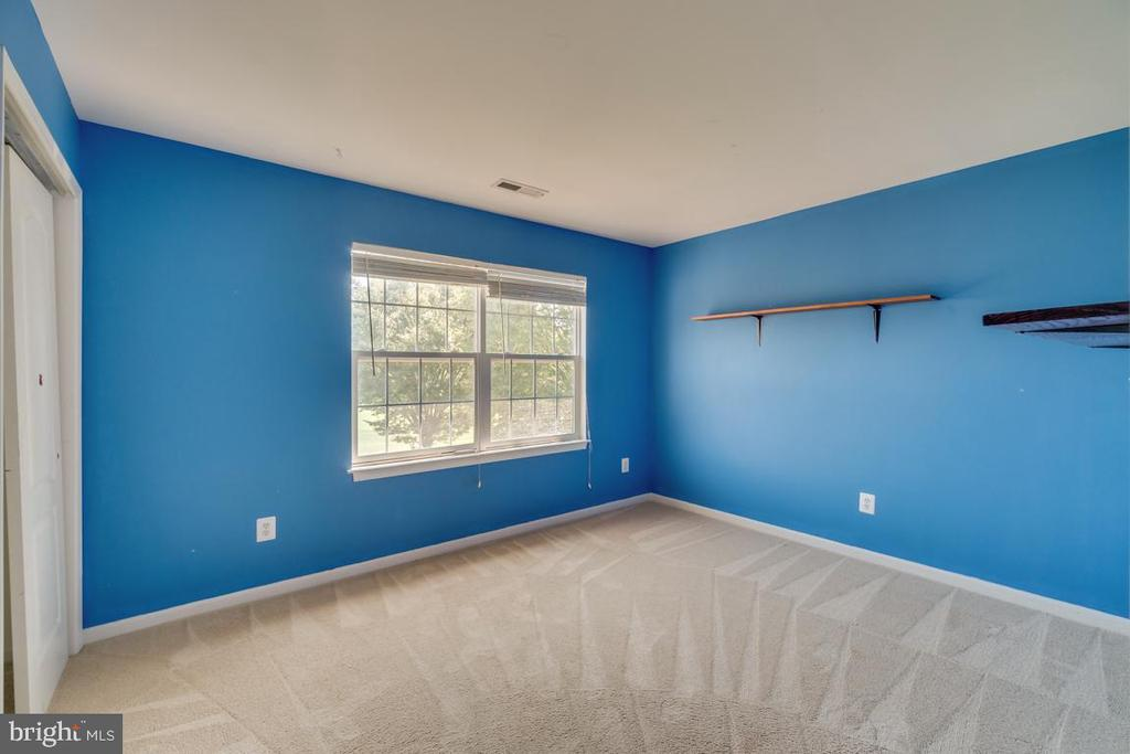 Bedroom #3 - 20210 HIDDEN CREEK CT, ASHBURN