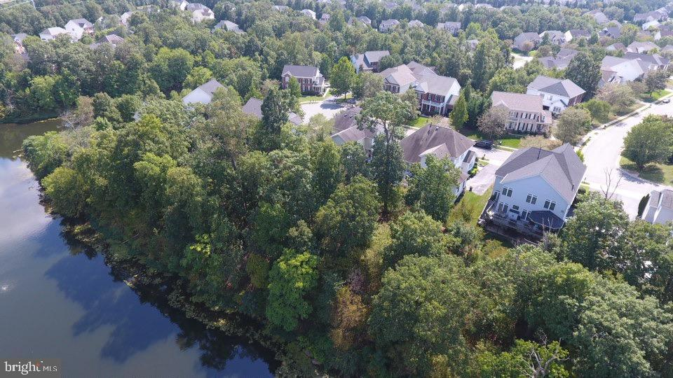 Lakefront Property - 43046 WATERS OVERLOOK CT, LEESBURG