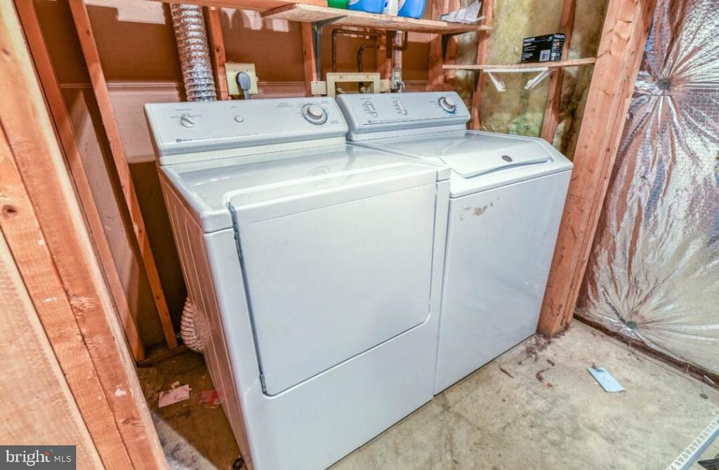 Laundry - 5734 HARRIER DR, CLIFTON