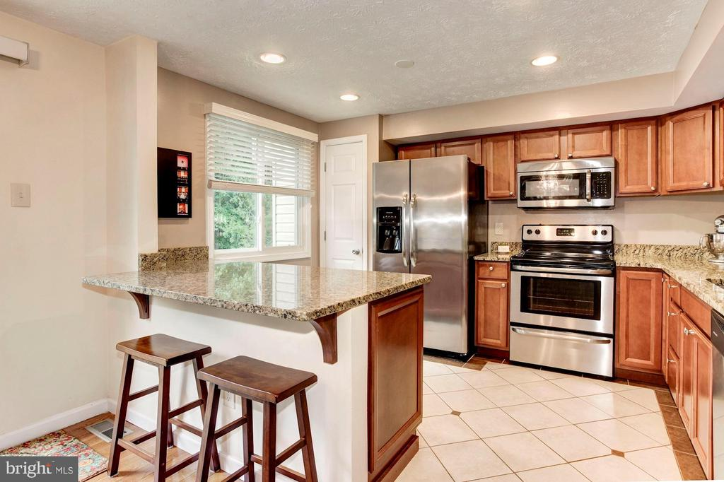 Kitchen - Custom Made Island/Kitchen Bar! - 6115 GARDENIA CT, ALEXANDRIA