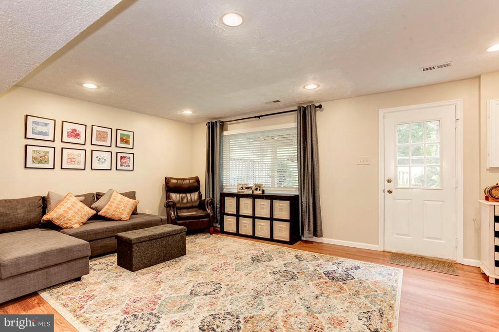 Family Room/Rec Room - Wall of Windows + Door! - 6115 GARDENIA CT, ALEXANDRIA